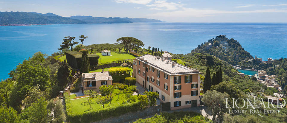 Wonderful villa for sale by Portofino