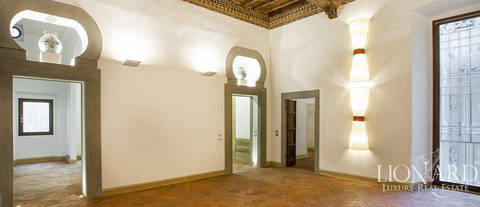 florence oltrarno apartment for sale 1