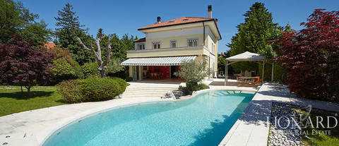 house of luxury with pool a Trieste