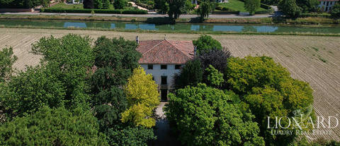 venetian villa for sale near venice