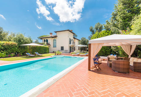luxurious villa for sale forte dei marmi versilia