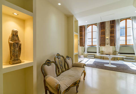 luxury apartment for sale in florence with frescoes