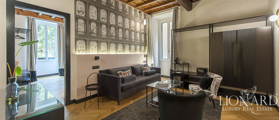 Luxurious apartment in the centre of Rome Image 1