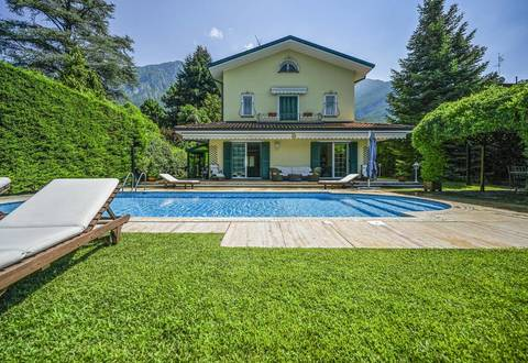 stunning villa with pool in lierna