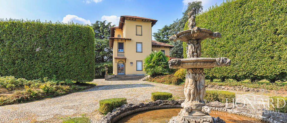 Stunning villa with park between Milan and Como Image 1
