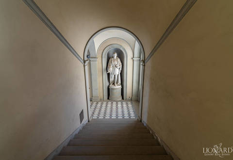 apartment in palazzo serristori for sale florence 13