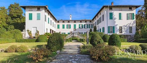 majestic historical estate near como