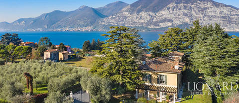 prestigious historical villa by lake iseo