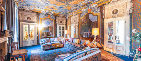 19th century palace in iseo