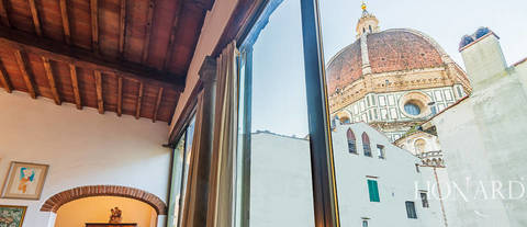 apartment with view of cathedral for sale in florence