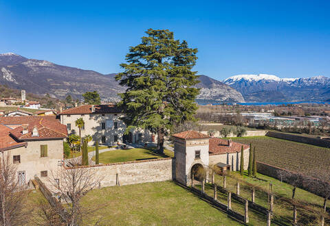 ancient noble palace with grounds in franciacorta