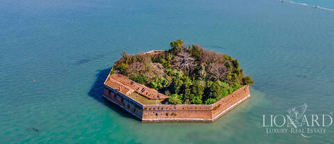 private island for sale in venice lagoon