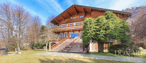 luxury chalet in barzio