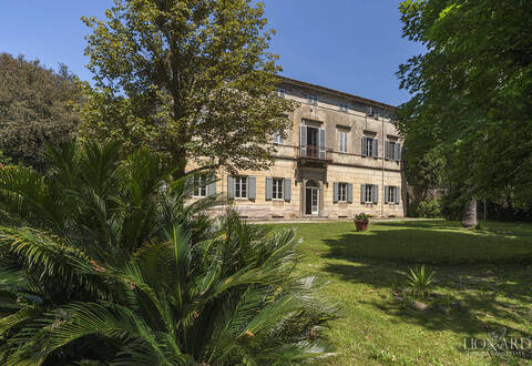 historical estate for sale in lucca