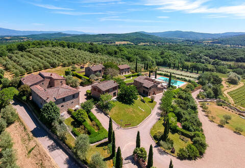 stunning complex in the heart of chianti