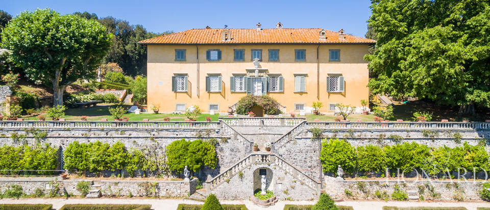 tuscany villas luxury real estate
