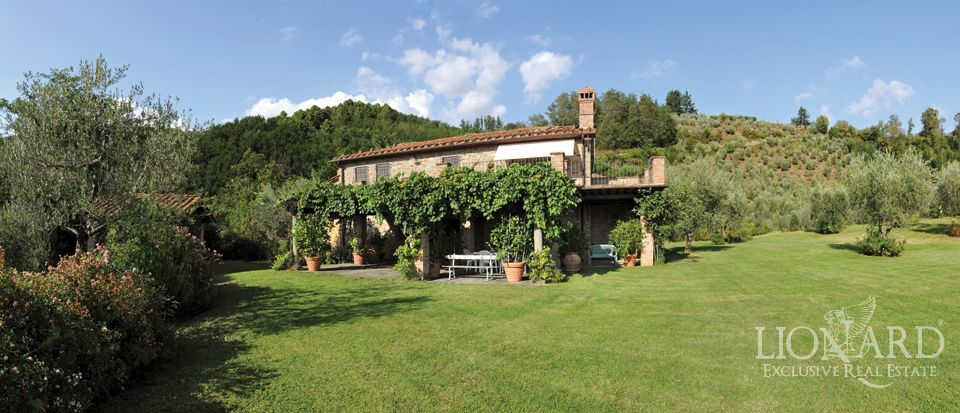 Villa in the tuscany countryside