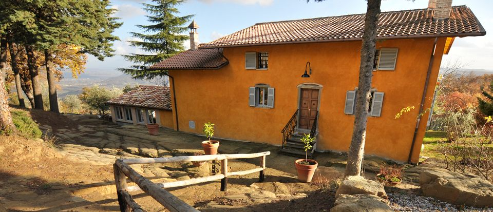 Farmhouse in Umbria Image 1