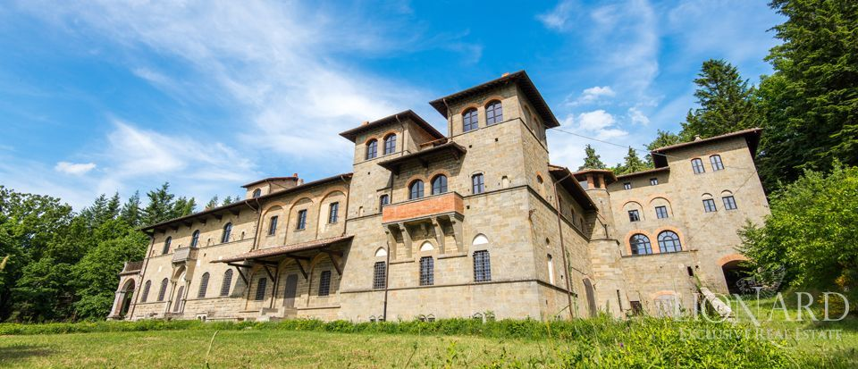 Acquabella castle for sale in Tuscany Image 1