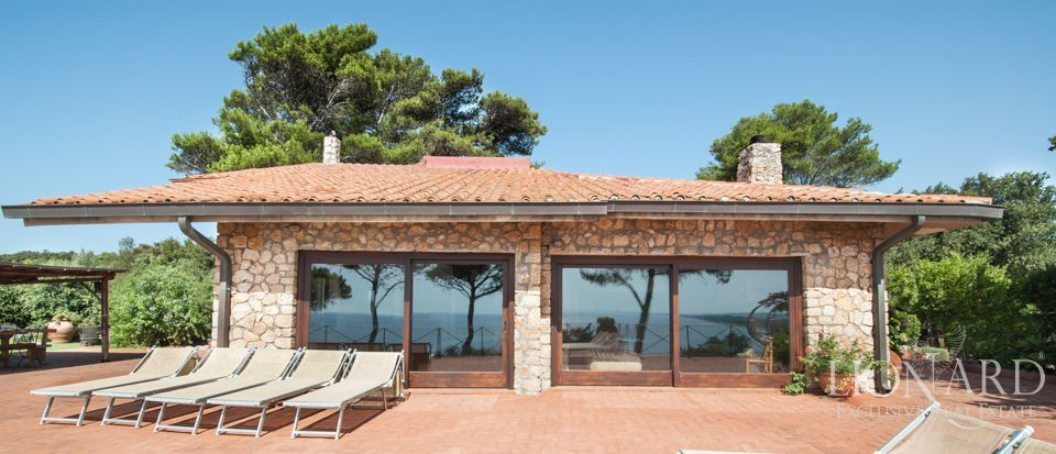 luxury villa on the sea of ansedonia
