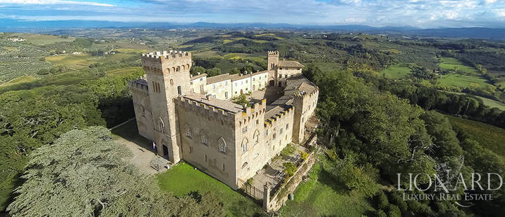 castle in chianti tuscany