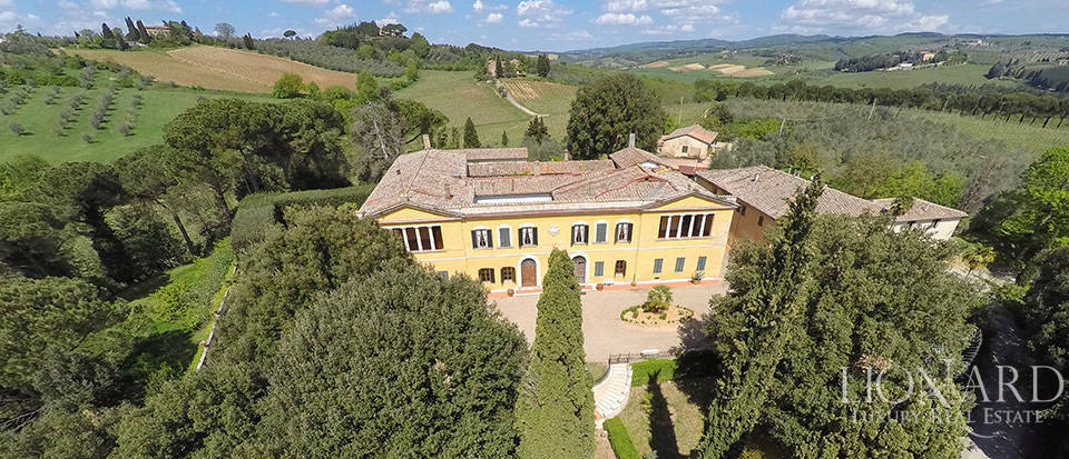 luxury villa near siena
