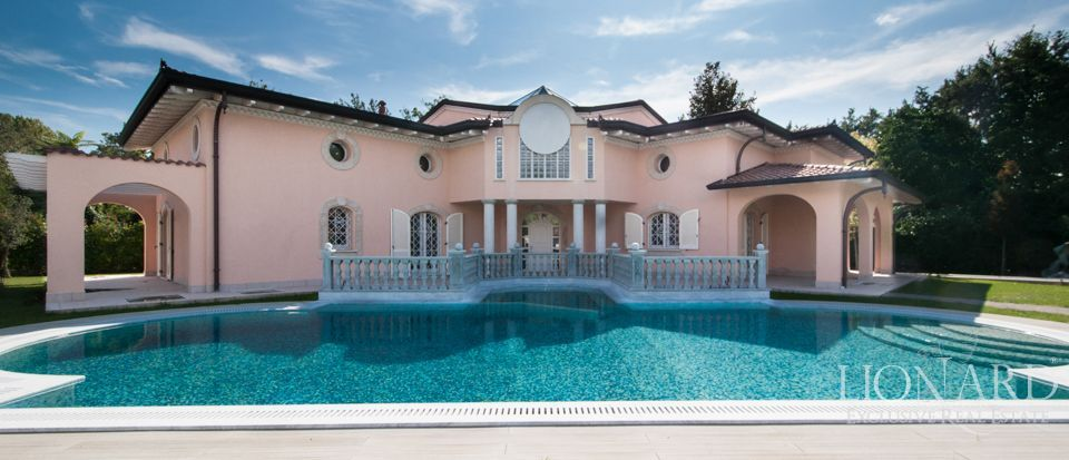 villa for sale sea tuscany