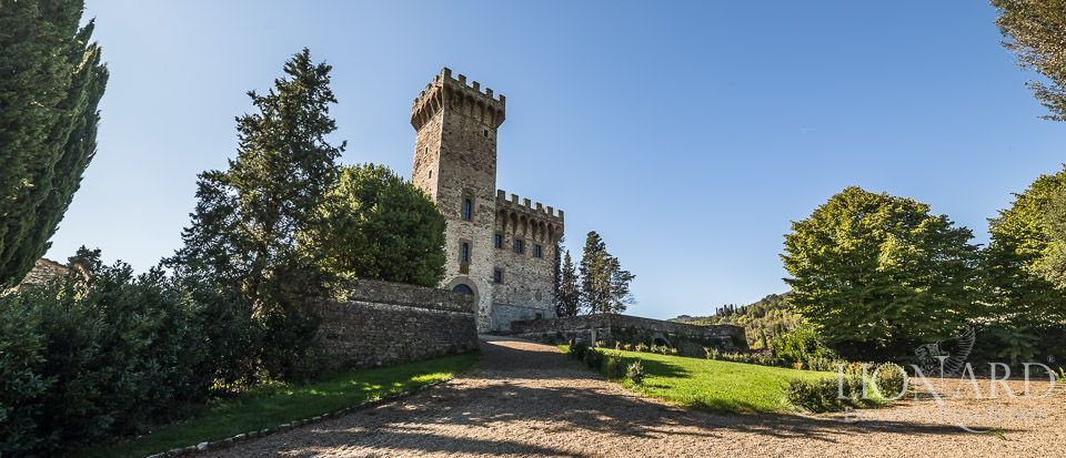 luxury castle for sale in tuscany