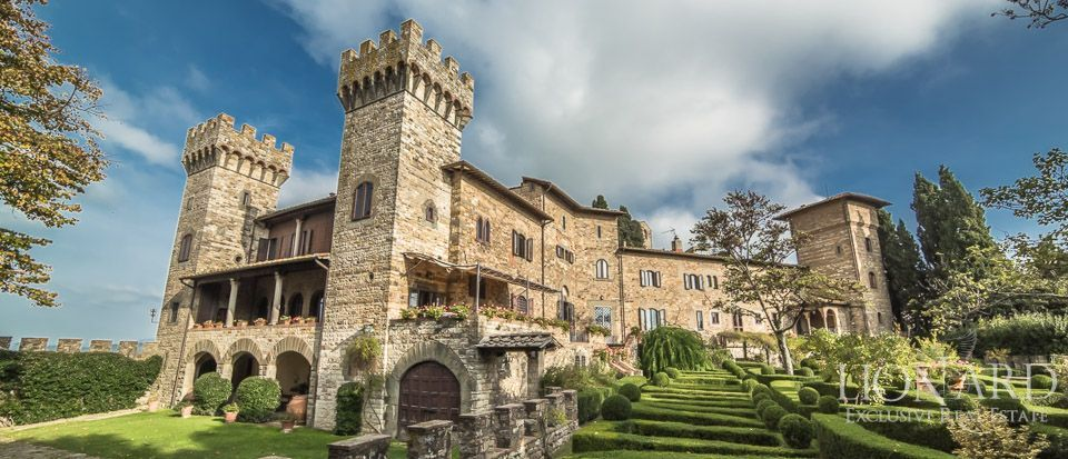 Luxurious Castle In Florence, Tuscany | Lionard