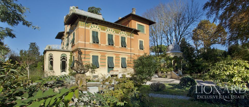 villa liberty for sale in lucca