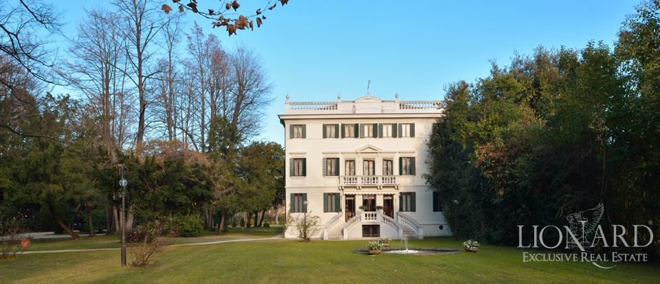 luxury liberty style villa in veneto