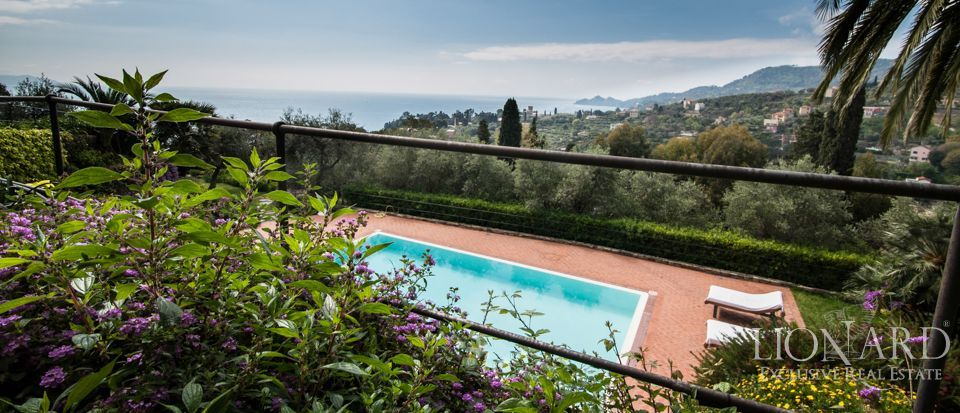 prestigious villa for sale in liguria