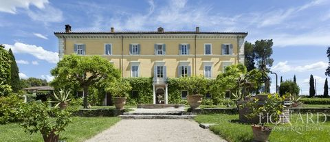 prestigious villa for sale in umbria