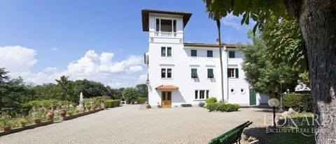 splendid villa for sale in florence