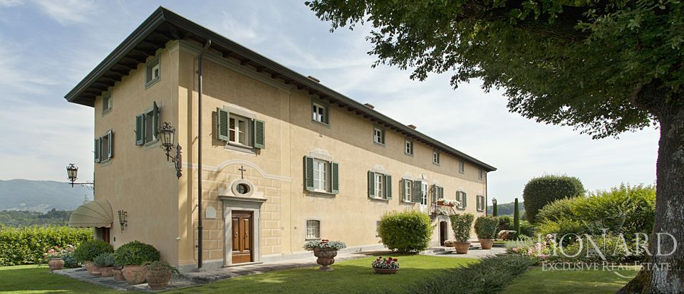 luxury villa for sale in lucca 1