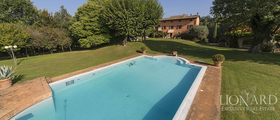 luxury villa for sale in lombardy