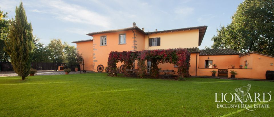 RURAL VILLA FOR SALE IN TUSCANY Image 1