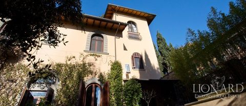 villa with swimming pool for sale in tuscany 1