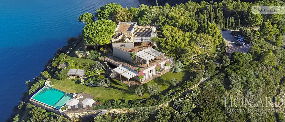 Exclusive luxury Villa with a view in Monte Argentario Image 1