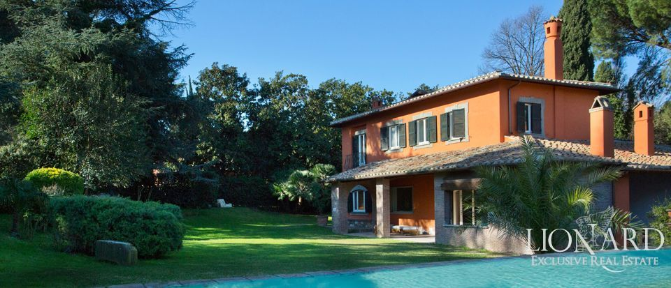 Luxury villa with pool Rome Image 1