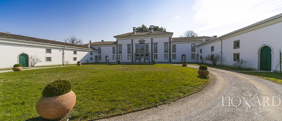 prestigious luxury villa for sale in udine