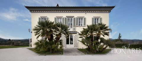 luxury home with garden for sale in lucca