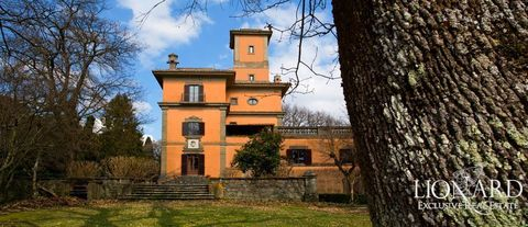 luxury villa with turret for sale in rome