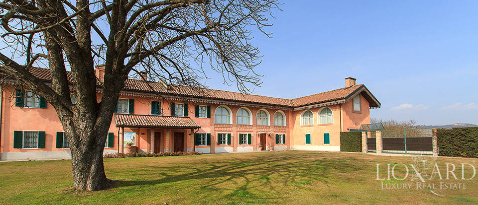 luxury country house for sale in asti