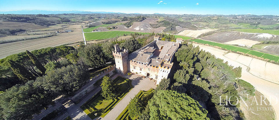 Brunelleschi castle for sale near Florence Image 1