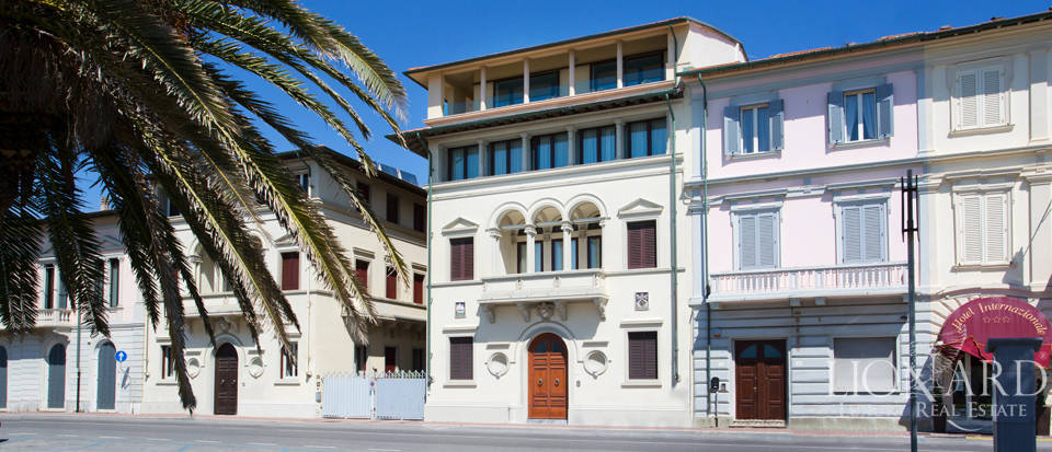 seaside luxury penthouse in viareggio