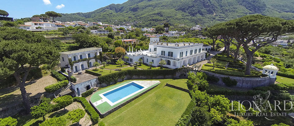 Magnificent Luxury Villa for Sale in Ischia Image 1
