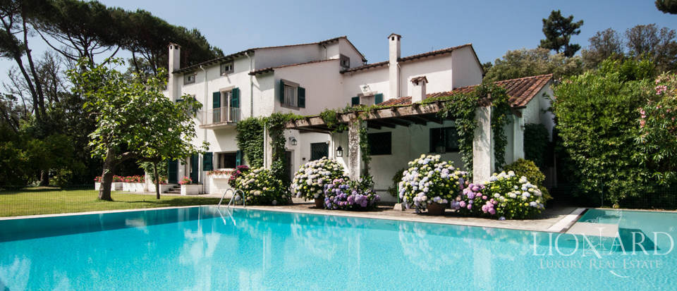 Magnificent Luxury Villa Pool Forte dei Marmi Image 1
