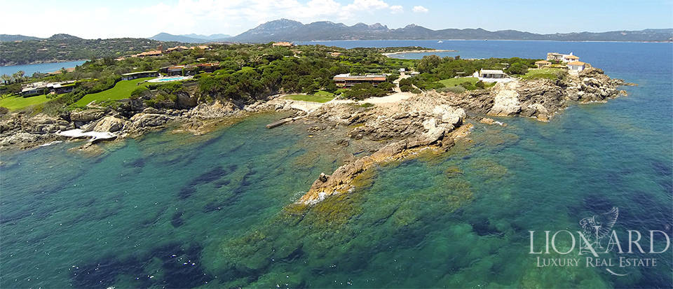 exclusive luxury seaside villa in porto rotondo