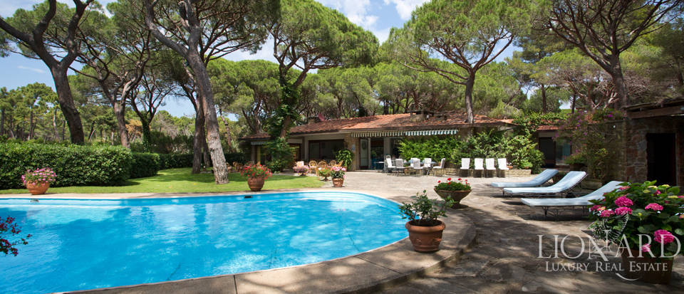 luxury villa for sale in roccamare